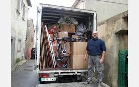 Bonjour à tous !! Débarras 66 Vide les Encombrants de FastHôtel à Perpignan ce jour, environ 3500 kg de tout venant pour mise en Déchetterie.